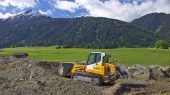 Liebherr expands series of crawler loaders