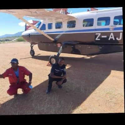 Blue & white aeroplane landed at Anjin Diamond Mine in Chiyadzwa. It collected some diamonds. Over 5000 illegal miners are in Chiyadzwa today, working for syndicates controlled by politicians.